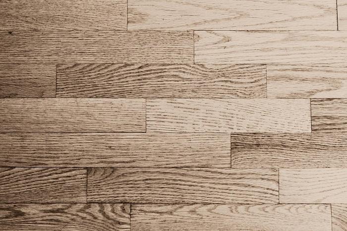 Odolné lišty na podlahu
