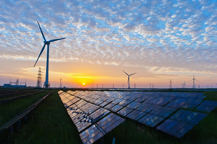 Solarne panely a turbíny